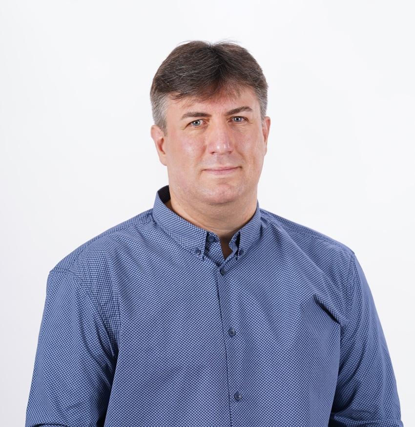 """Деян Калчев, кандидат за общински съветник от """"Демократична България"""": За прекалено много неща в държавата се чудим какво се е случило - нека поне за собствения си град да сме информирани и да можем да упражним контрол"""